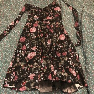 Hot topic floral dress (price negotiable)